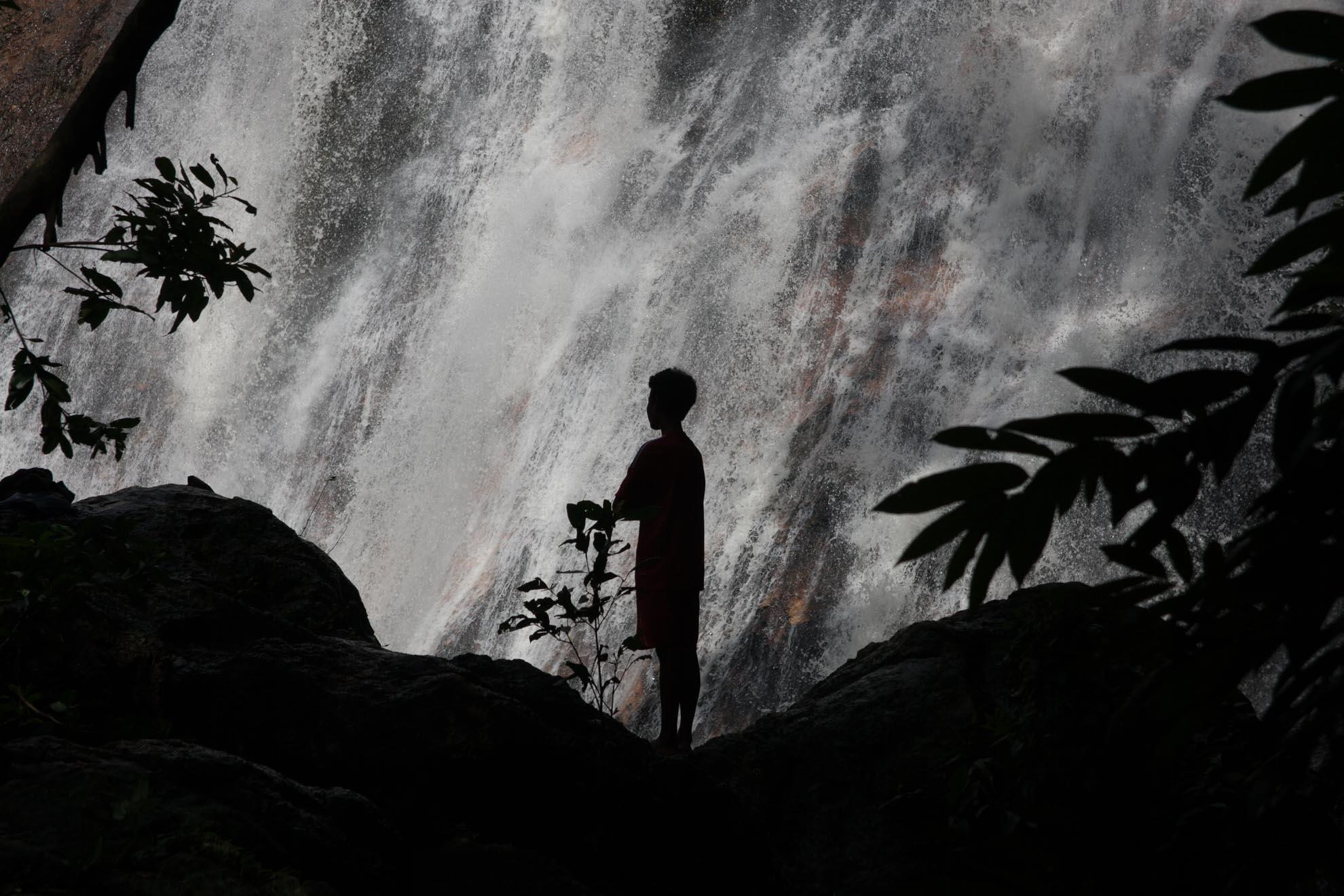 Водопад Намуанг 1,