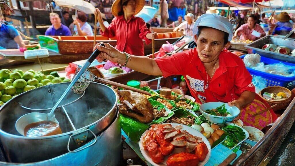 Плавучий рынок Паттайе кухня и еда