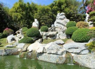 Парк камней возрастом в миллион лет в Паттайя