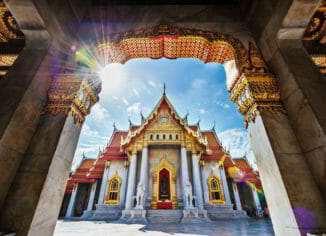 Мраморный храм (Wat Benchamabopit)