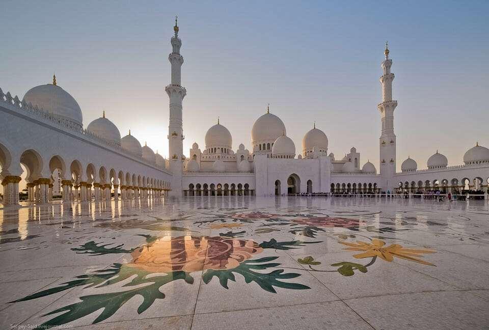 Мечеть шейха Зайда храм