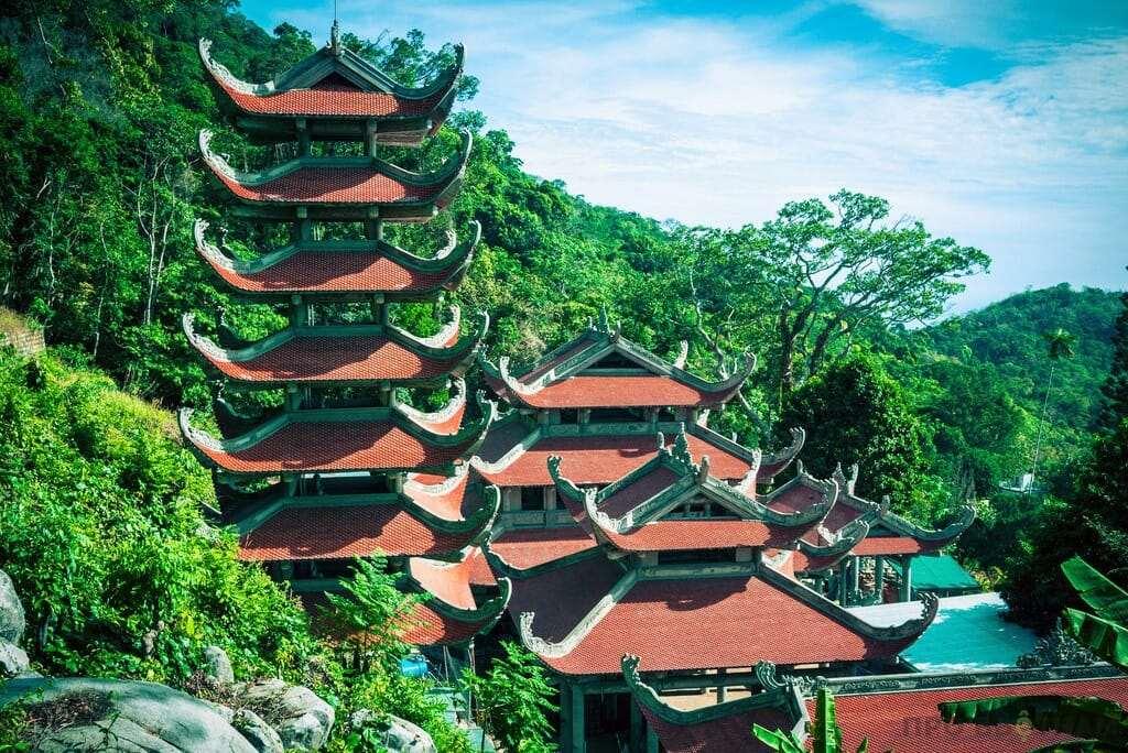 Пагода на горе Таку