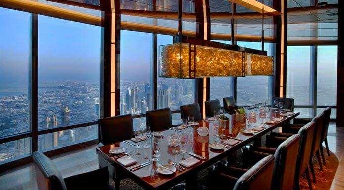 Ресторан At.mosphere в небоскребе Бурдж Халифа