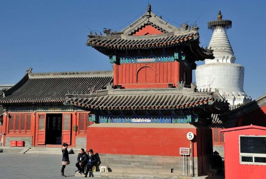 Храм Мяоин, Пекин, Китай.