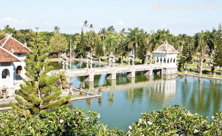 Индонезия, Бали, Водный дворец Таман Уджунг