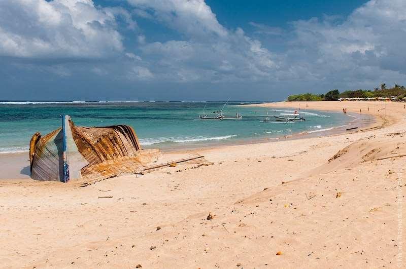 Пляж Нуса-Дуа, Бали.