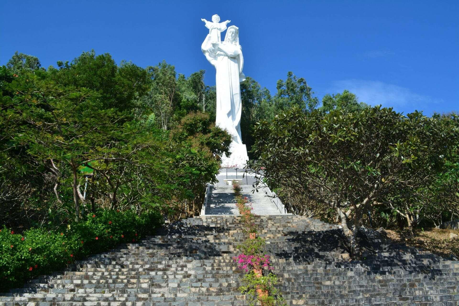 Статуя Девы Марии, Вунгтау