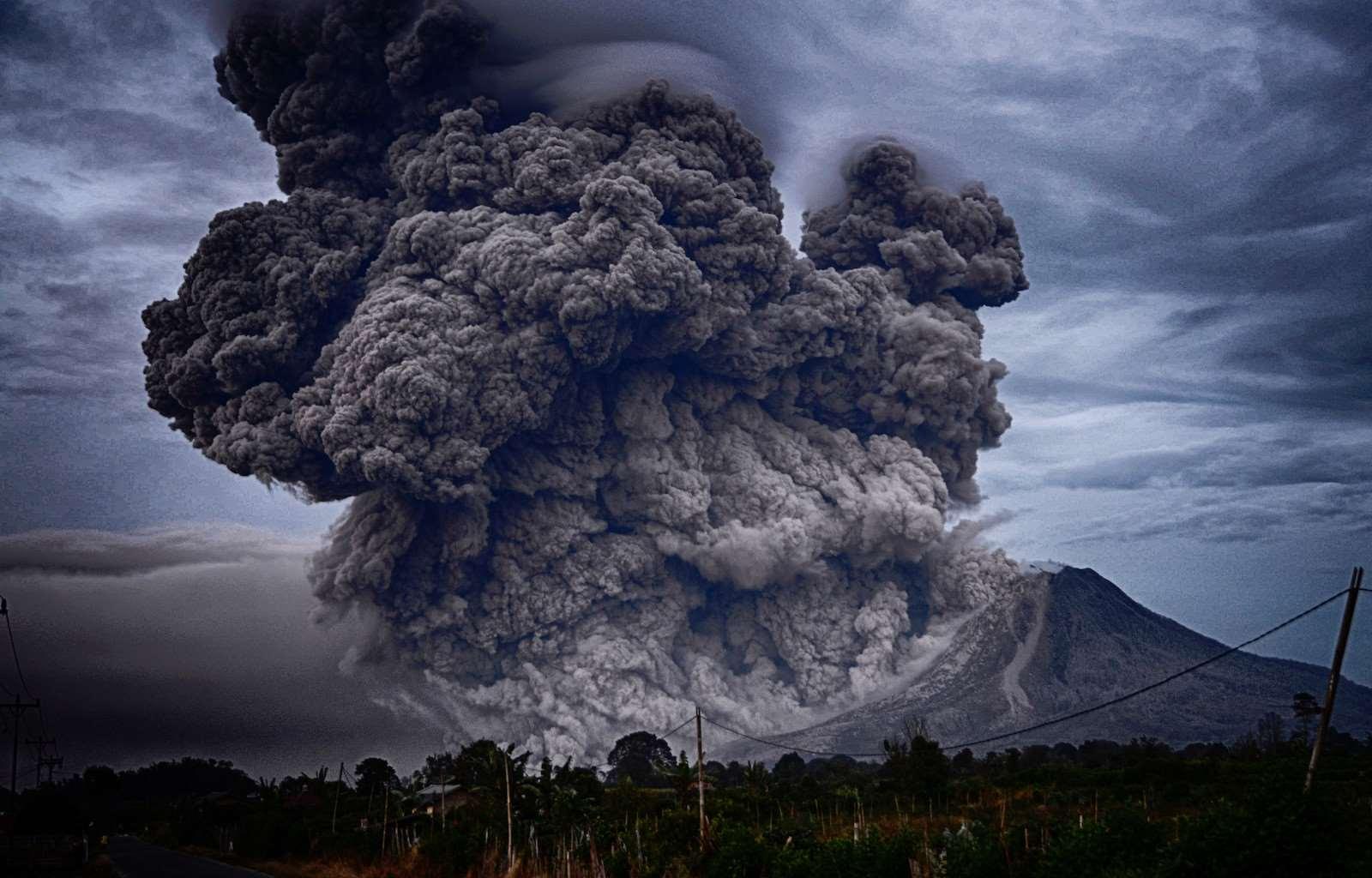 Вулкан Алунг, на острове Бали