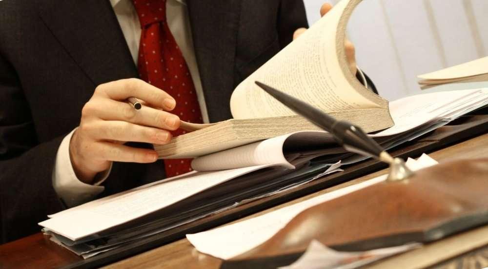Обычно путешественники не нуждаются в оказании юридической помощи. Однако есть потенциально опасные виды туризма, когда консультация у квалифицированного юриста может понадобиться.