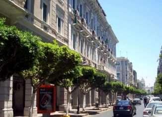 Город Триполи в Ливанской республике, часто путают с одноименным городом в Ливии (государство в северной Африке). Сбивает с толку созвучие и в названии стран, однако, между собой эти города и государства, совершенно не похожи.