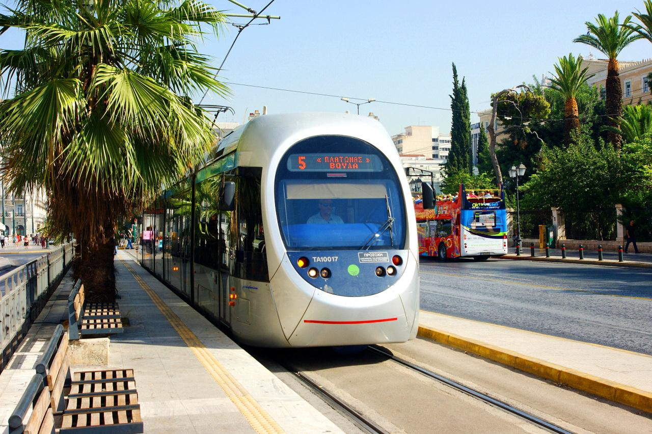 Хорошо развитая система транспорта в Афинах