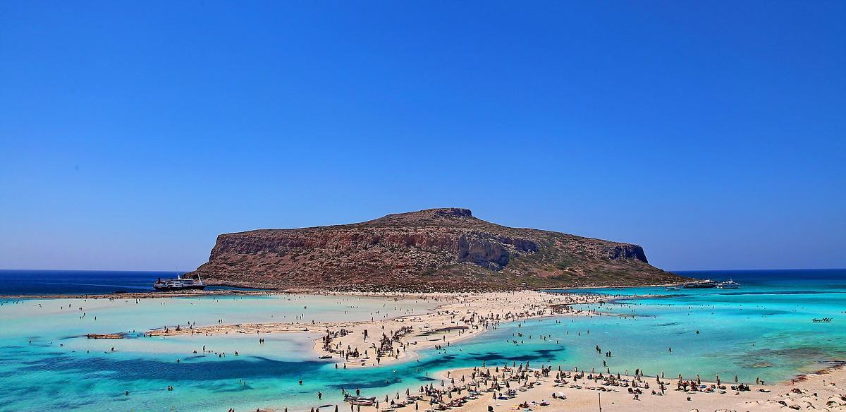 Чтобы видеть белый песок и бирюзовую воду, не обязательно ехать на «остров Баунти», ведь все это находится в Бухте Балос на Крите
