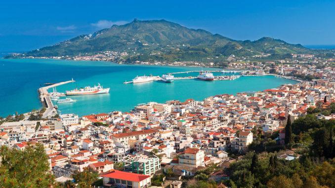 Крупнейший греческий остров имеет многовековую историю, поэтому не удивительно, что на Крите в Греции количество достопримечательностей можно сравнить разве что с Афинами