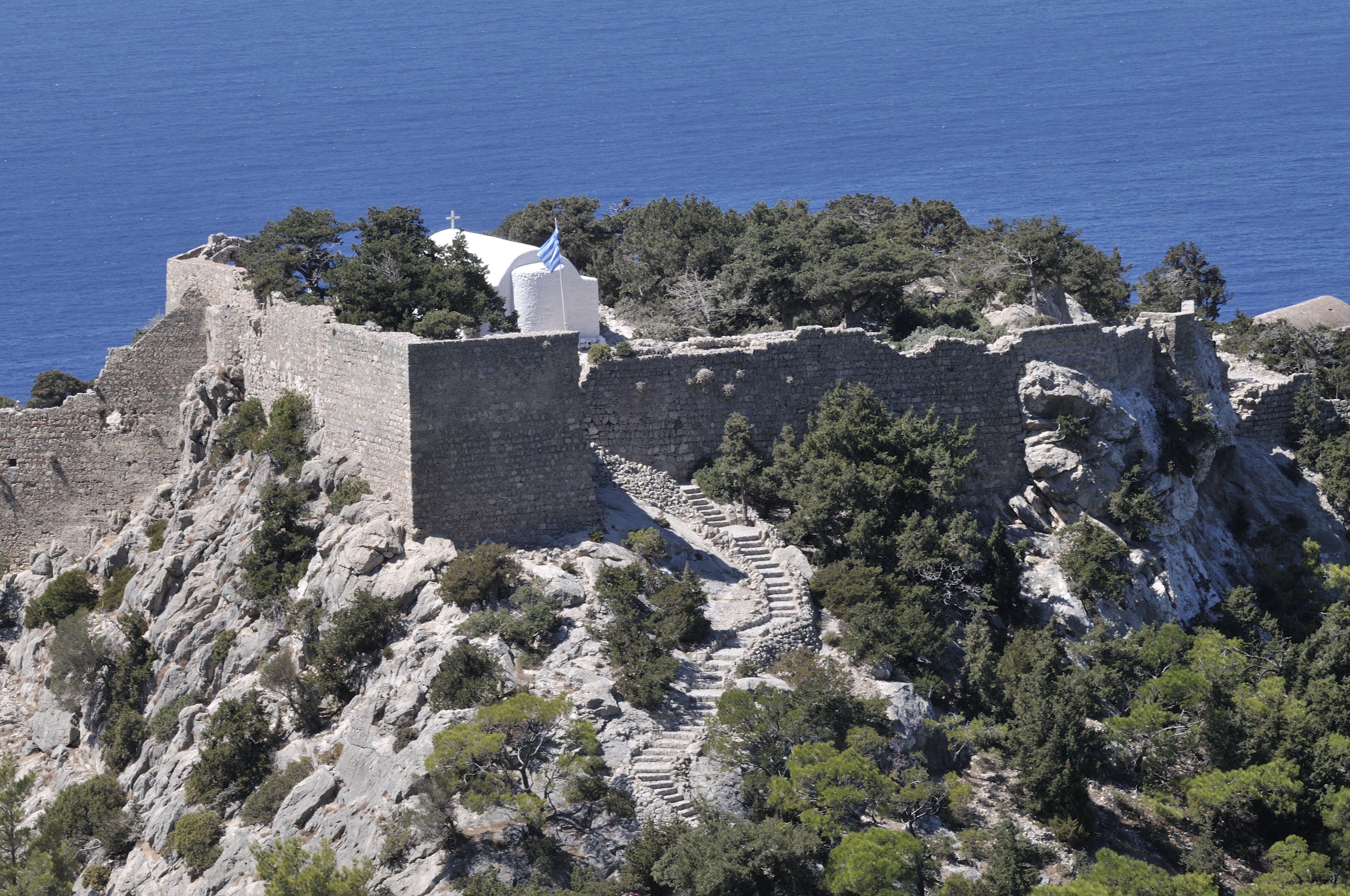Замок, дающий полное представление о жизненном укладе своей эпохи