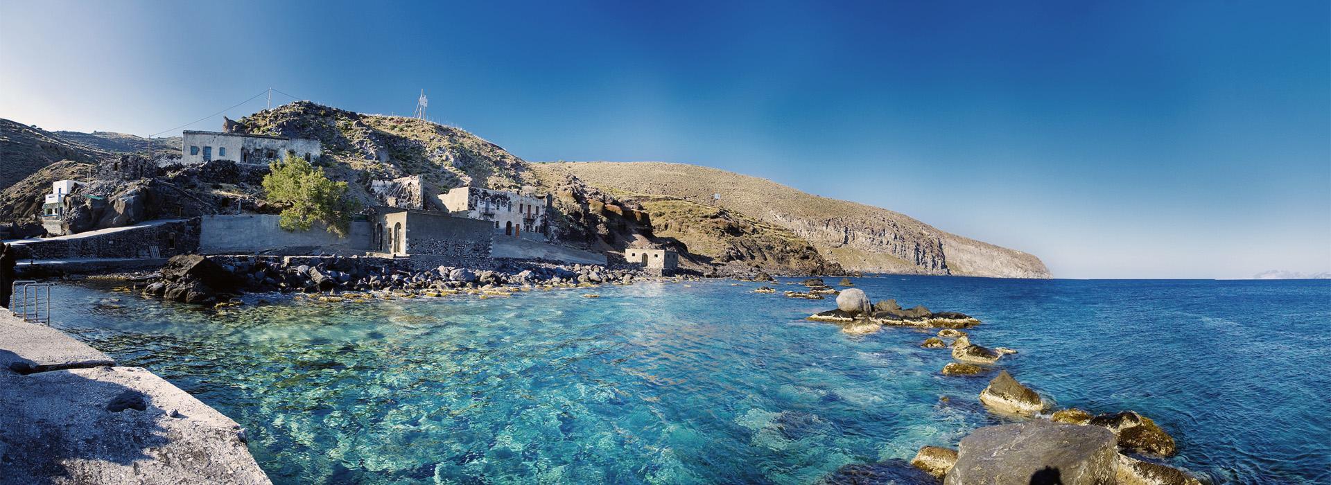 Ниссирос – остров-вулкан, имеющий семь кратеров