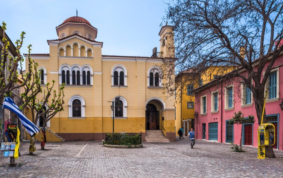 Православная церковь расположилась вблизи библиотеки Адриана. Точная дата возведения неизвестна, но момент освящение относится к рубежу 11-12 веков