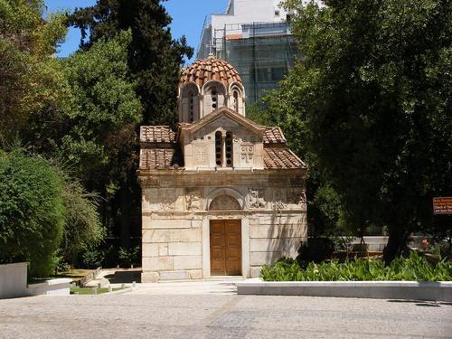 Здание возведено в византийскую эпоху и является олицетворением архитектурного направления того времени