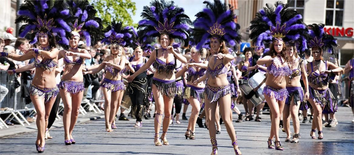 Карнавал в северной Европе по образцу латино-американского проводится в 2019 году с 17 по 18 мая. В празднике участвуют местные жители, а присоединиться к ним может любой.