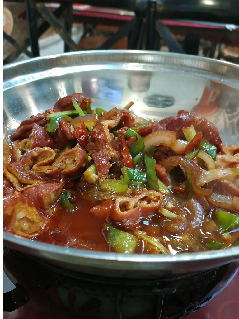 Все еда в Шанхае очень острая и жирная