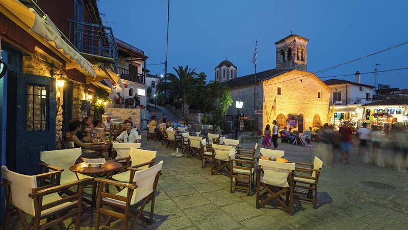 Еще одно местечко, со всей полнотой передающее дух древней Эллады – это небольшая деревенька Афитос