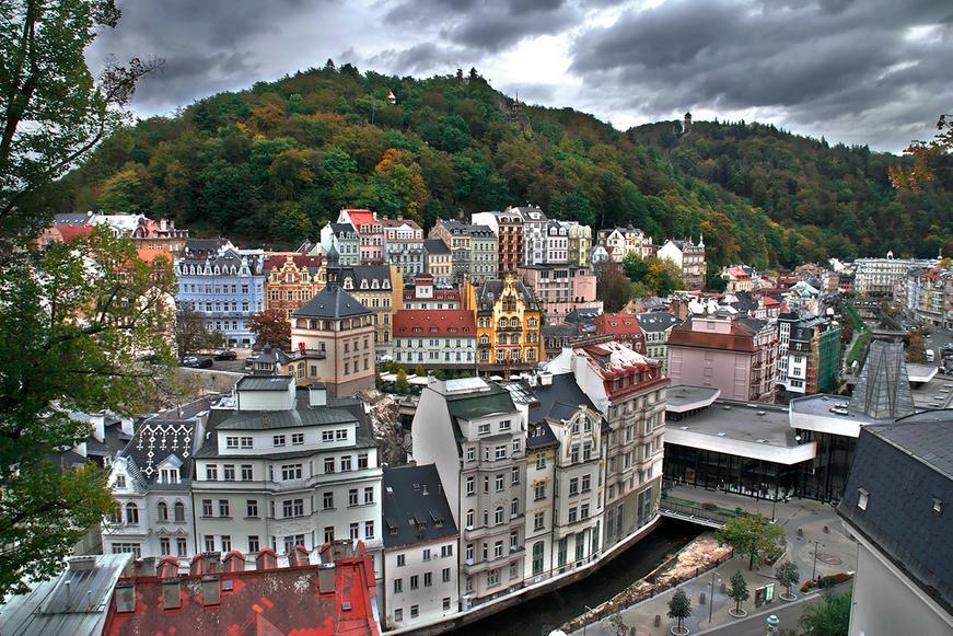 Самый древний чешский СПА-курорт и город с интересной историей и большим количеством достопримечательностей.