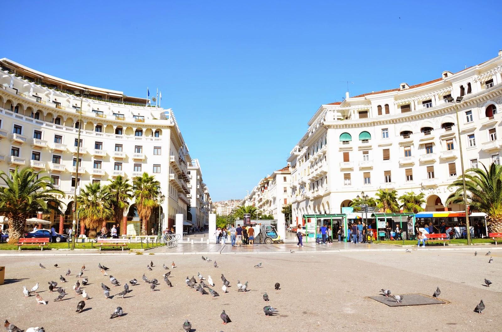 В сердце нового города Салоников раскинулось детище Эбрана – площадь Аристотеля.
