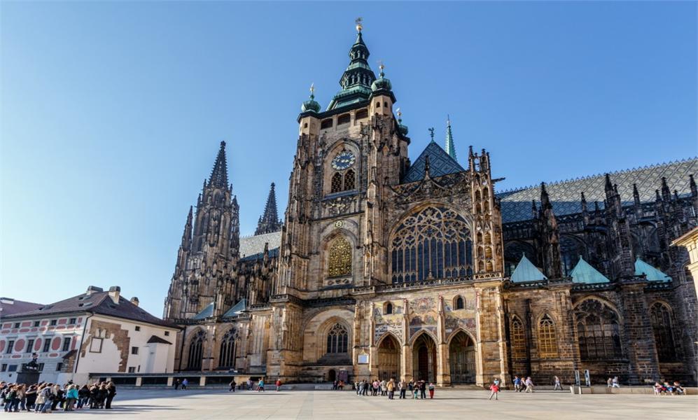 Пражский град для Чехии – такой же символ, как Кремль для России.
