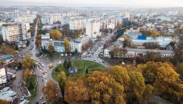 В советское время Симферополь иначе как «Ворота Крыма» не называли. 95% туристов делали пересадку либо в аэропорту, либо на железнодорожном вокзале