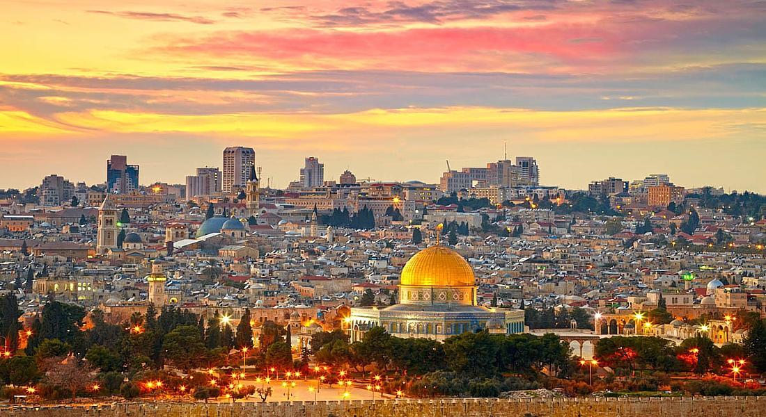 Иерусалим всегда полон людей. Это и паломники, и туристы, и местные жители.