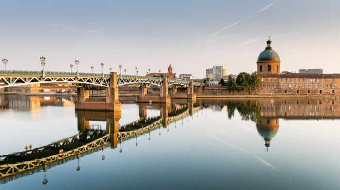ТОП-10 лучших городов Франции