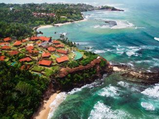 Велигама – небольшой городок в южной части острова Шри-Ланка