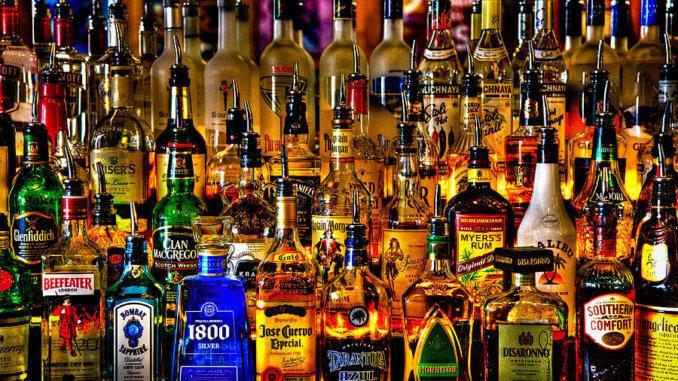 Сегодня мы поговорим о том какие алкогольные напитки стоит попробовать в барах Швейцарии, Франции или Мексики и многих других