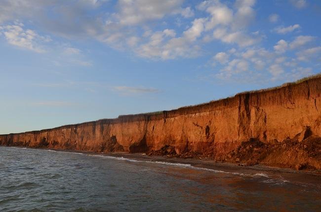 Несмотря на небольшой размер курортного городка, пляжей в Николаевке в Крыму множество, и каждый из них имеет свои особенности